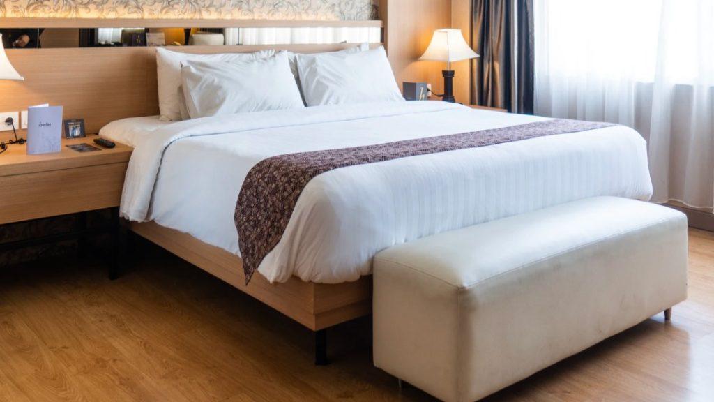 Tapicerowane łóżko z Łóżko Design – czy warto?